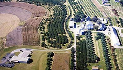 An aerial view of Flinchbaugh's Orchard & Farm Market in 2006