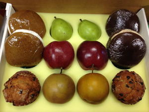 "Flinchbaugh's Orchard and Farm Market's ""Bakery"" Fruit Gift Box"